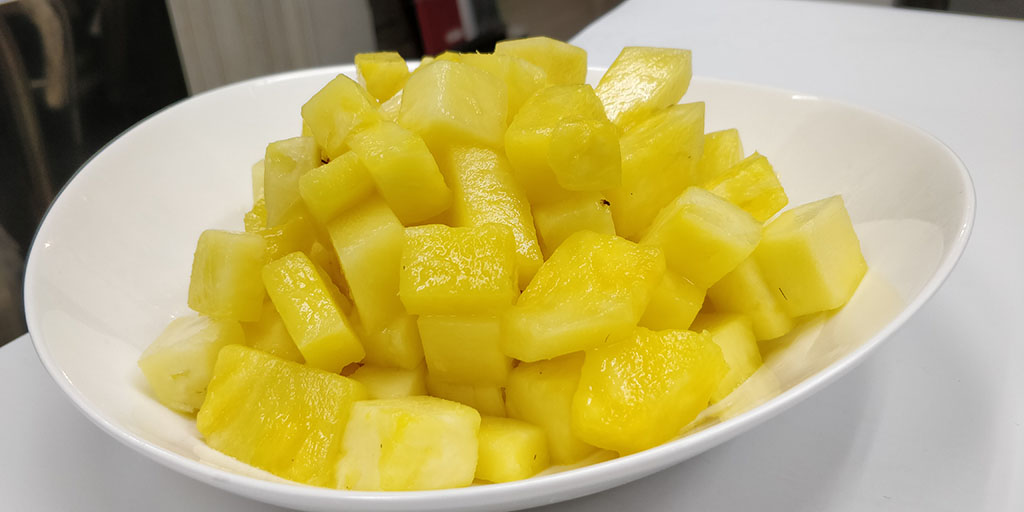 Freezing Pineapple: Defrosting